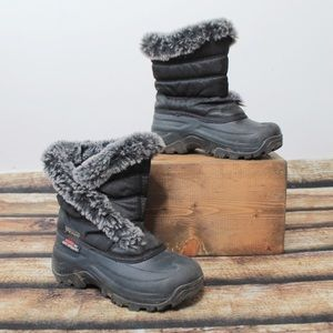 🎀3/$30 Girls Grey Winter Boots Size 1